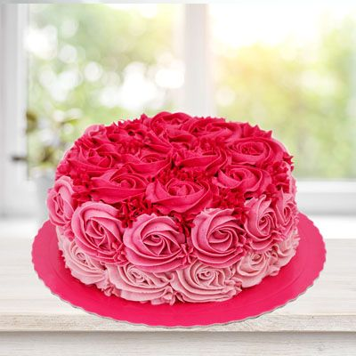 Attractive_Rose_Cake